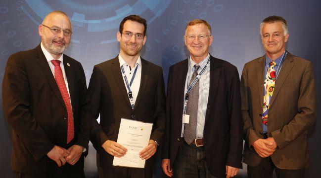 Übergabe des CAST/GI-Promotionspreises 2019: Dr. Gerhard Schabhüser, Matthias Schulz, Prof. Dr. Rüdiger Grimm und Prof. Dr. Christoph Busch (v.l.)